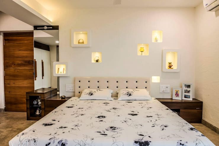 Interior Design:  Bedroom by Urban Interiors and Home Decor Solutions,Modern