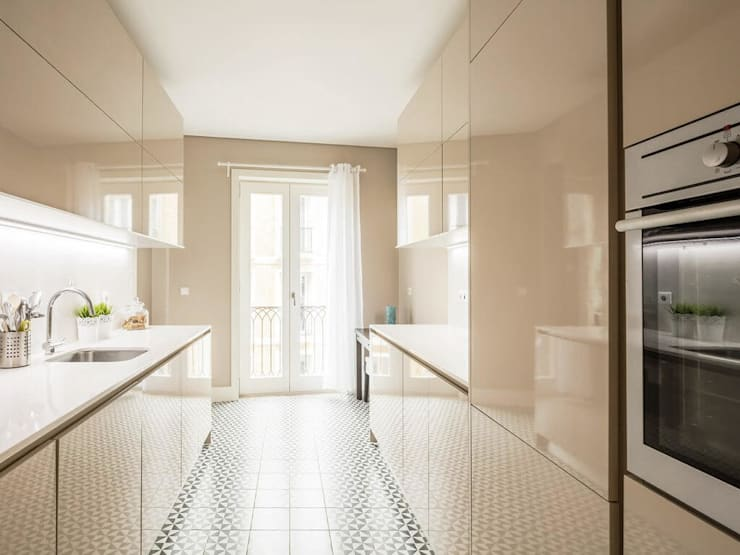 Cozinha contemporânea: Casas unifamilares  por Padimat Design+Technic