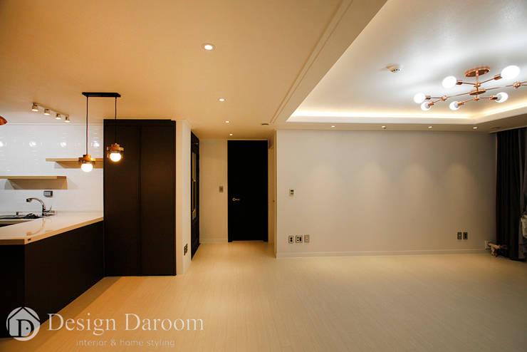 수유 두산위브 아파트 34py 거실: Design Daroom 디자인다룸의  거실,