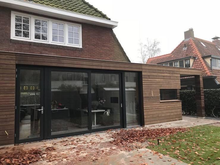 Aanbouw Laren:  Huizen door Puurbouwen, Modern