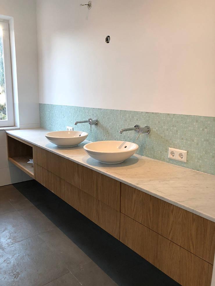 Verbouwing woonhuis Aerdenhout:  Badkamer door Puurbouwen