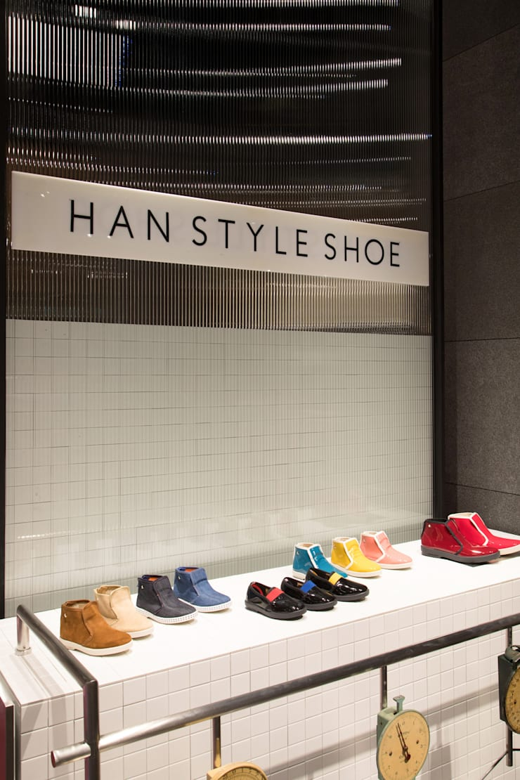 Han Style Shoe: ARTEFACT의  상업 공간