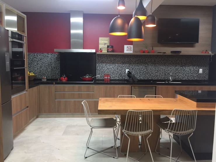 Cozinha : Cozinhas  por Erlon Tessari Arquitetura e Design de Interiores