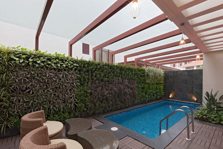Residence No.1 at Panache, chennai:  Swimming pond by Synergy Architecture and Interiors