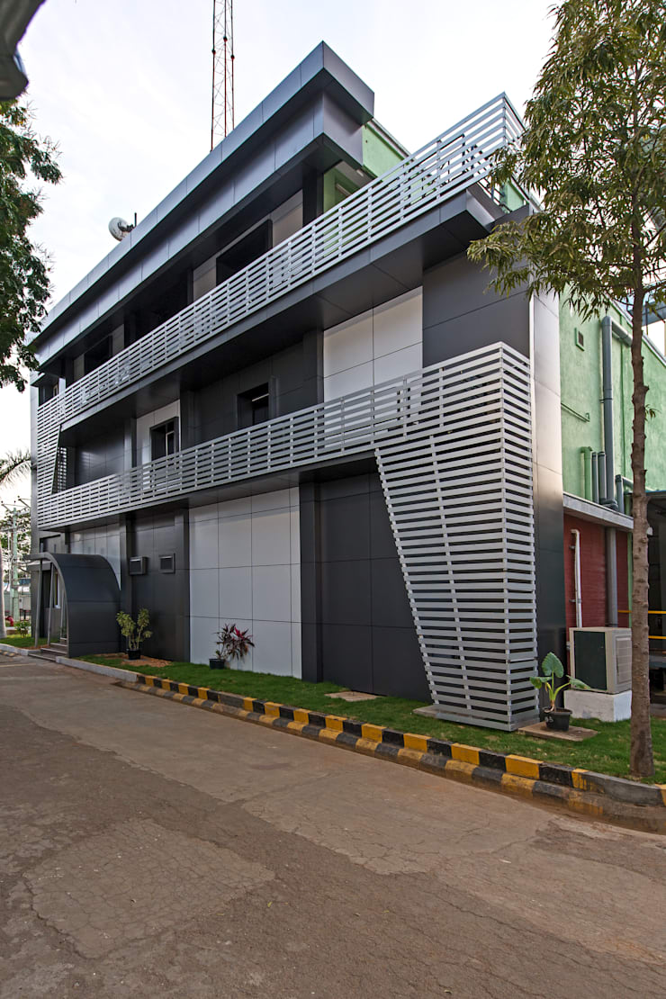 Exterior:   by Elcon Infrastructure