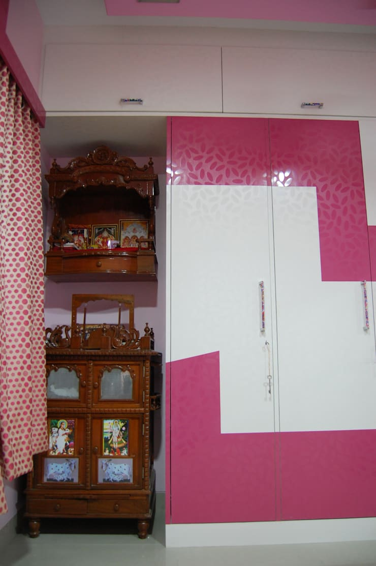 Project:  Dressing room by aasha interiors,Modern