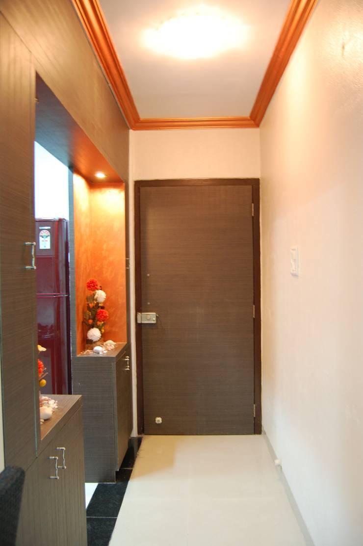 Project:  Corridor & hallway by aasha interiors,Modern