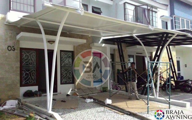 Tenda Membrane Jakarta (Teras Perumahan Jakarta):  Balconies, verandas & terraces  by Braja Awning & Canopy