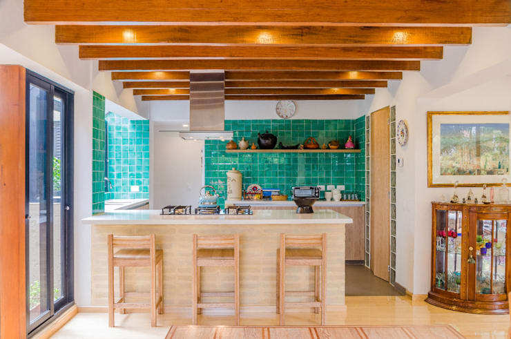 مطبخ ذو قطع مدمجة تنفيذ ARCE S.A.S