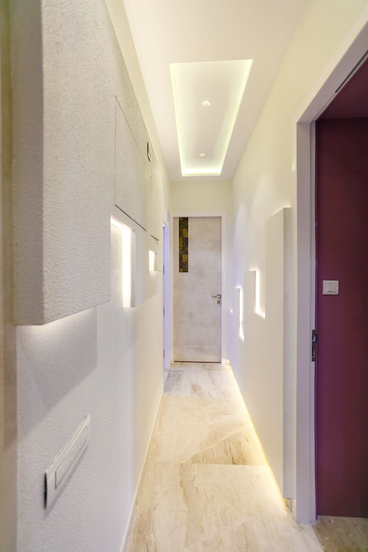 GB Road, Thane:  Corridor & hallway by aasha interiors,Modern