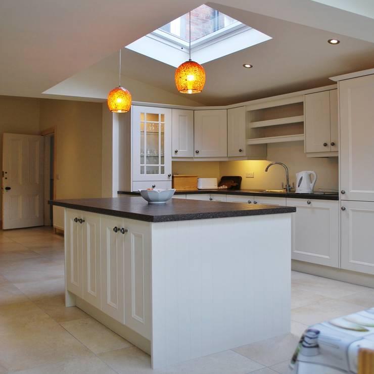 Extension, Malone, Belfast:  Kitchen by Jim Morrison Architects