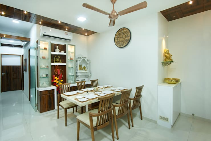 Majiwada, Thane:  Dining room by aasha interiors,Modern