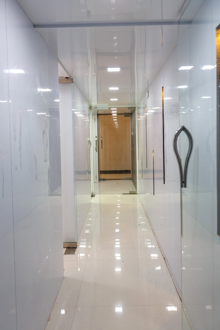Chembur:  Offices & stores by aasha interiors,Modern