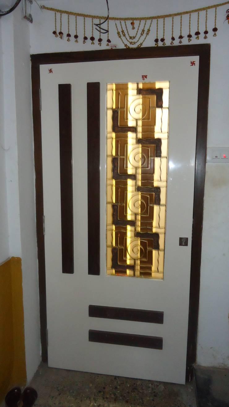 Thane:  Doors by aasha interiors,Modern