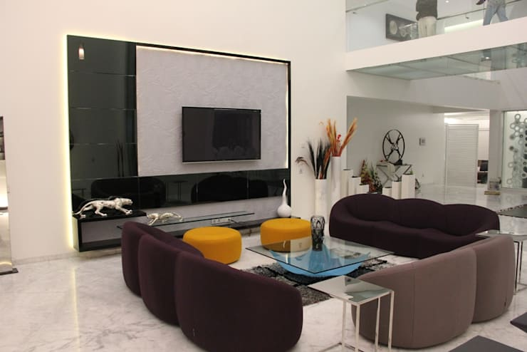 Modern living room by Innerspace Modern