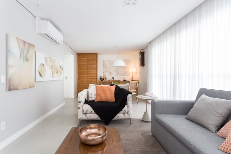 Sala de Estar: Salas de estar clássicas por Duplex212 - Arquitetura e Interiores