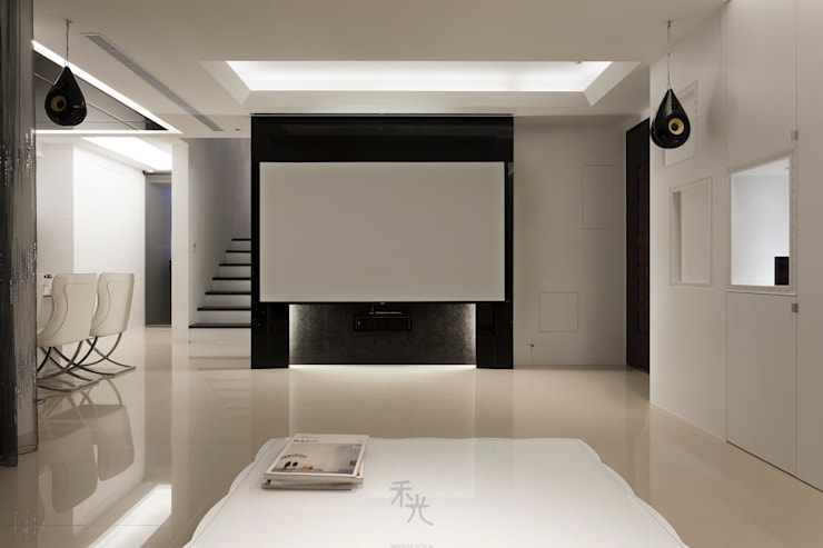 Media room by 禾光室內裝修設計 ─ Her Guang Design