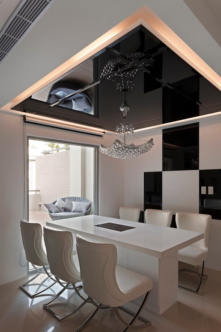 Dining room by 禾光室內裝修設計 ─ Her Guang Design