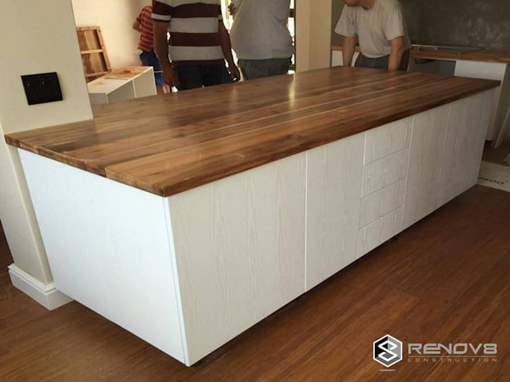 JOINERY DEPARTMENT:  Kitchen by Renov8 CONSTRUCTION