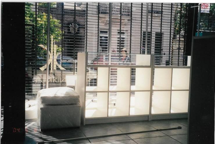 Remodelación Local Comercial: Oficinas y Tiendas de estilo  por ANADECO