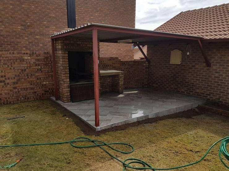 Braai area renovation in Rooihuiskraal:   by PTA Builders And Renovators