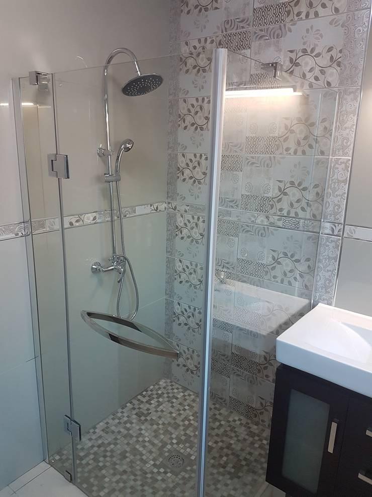 Renovation of bathrooms in Rooihuiskraal Centurion:   by PTA Builders And Renovators