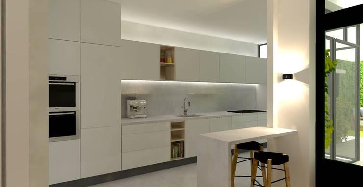 muurdoorbraak tussen keuken en eetkamer en ontwerp voor de nieuwe keuken:  Keuken door Stefania Rastellino interior design