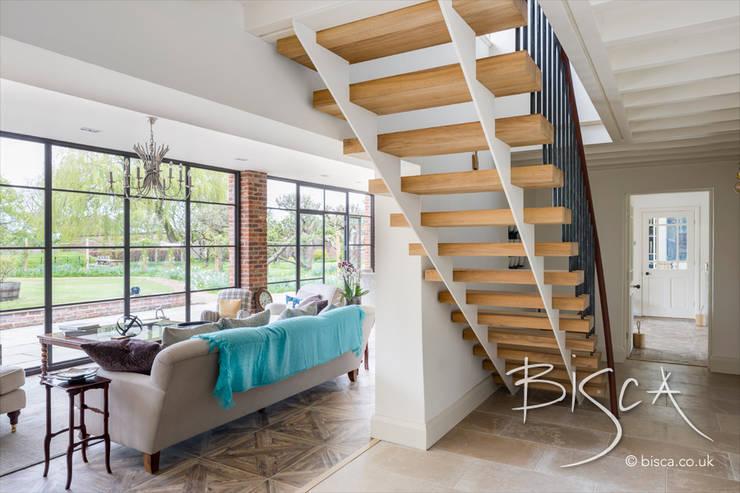 Escaleras de estilo  de Bisca Staircases