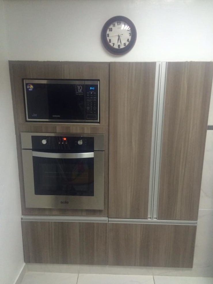Kitchen by YR Solutions, Modern