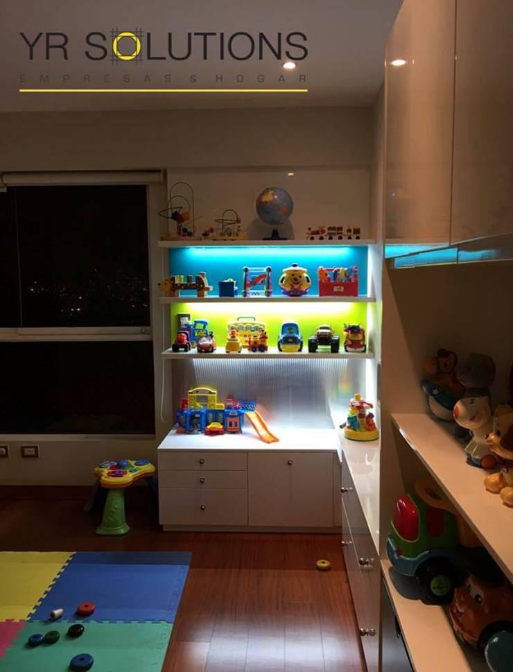 Kinderzimmer von YR Solutions, Modern
