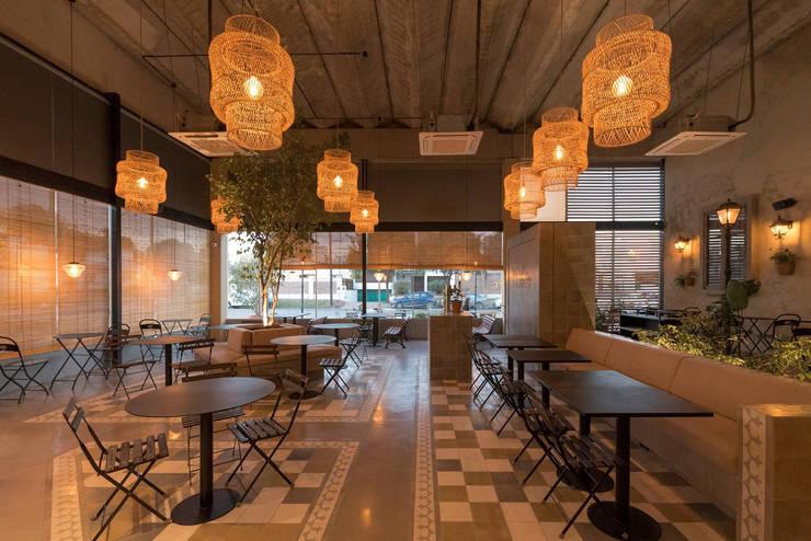 Interior: Gastronomía de estilo  por María Florencia Funes