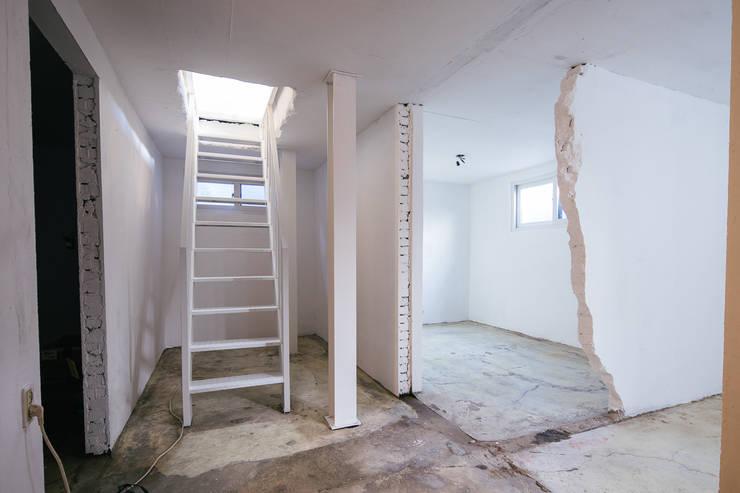 배다리주택 '오붓': AAPA건축사사무소의  방