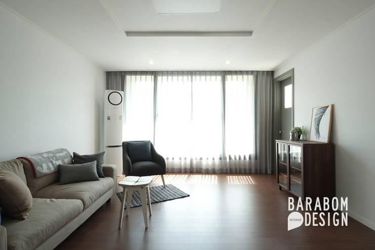 Living room by 바라봄디자인