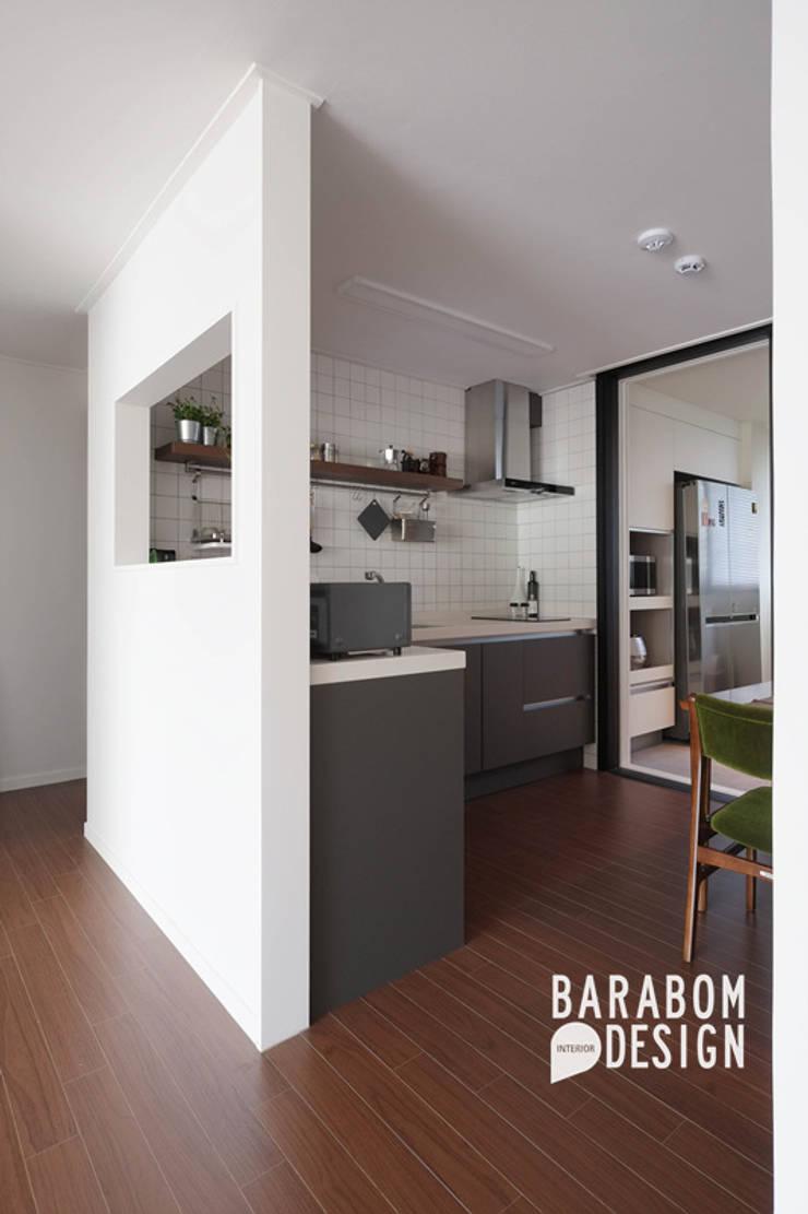 Kitchen by 바라봄디자인