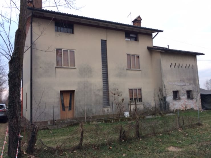 Pasillos y hall de entrada de estilo  por Architetti Baggio