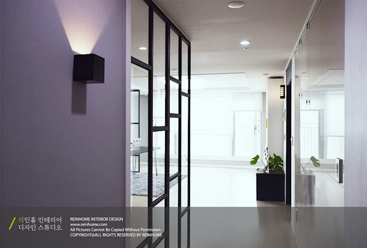 하남 미사강변신도시 LH 7단지 34평형: 리인홈인테리어디자인스튜디오의  복도 & 현관,