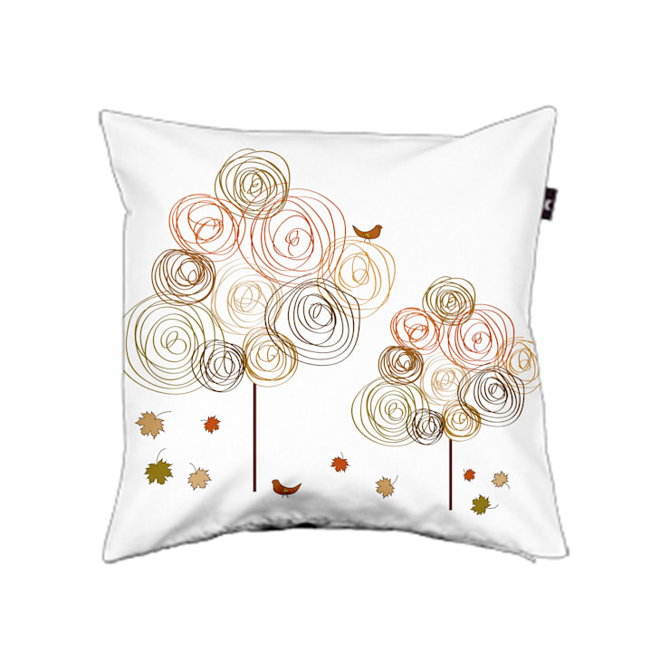 Pillow cover Circle trees autumn:  Woonkamer door ilsephilips