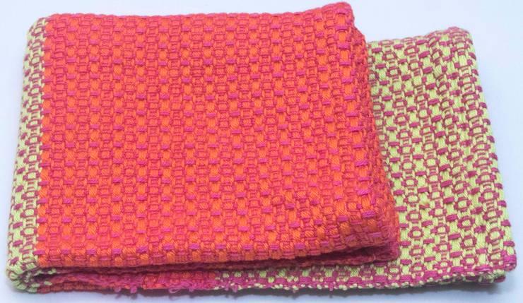 Handwoven towel Uppsala:  Keuken door ilsephilips