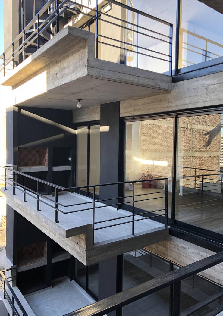 Monroe 4285, Buenos Aires: Casas multifamiliares de estilo  por Kgarquitectura ,