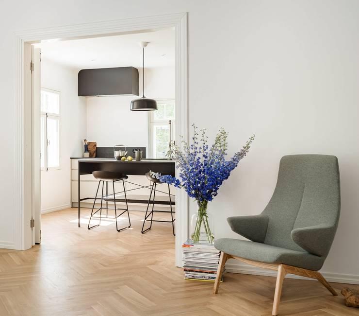 ครัวบิลท์อิน โดย Baltic Design Shop, สแกนดิเนเวียน ไม้ Wood effect