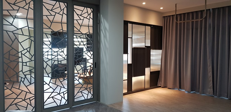 Living room by 懷謙建設有限公司