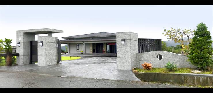 宜蘭 三星 別墅 農舍 入口 外觀 設計:  別墅 by 艾莉森 空間設計