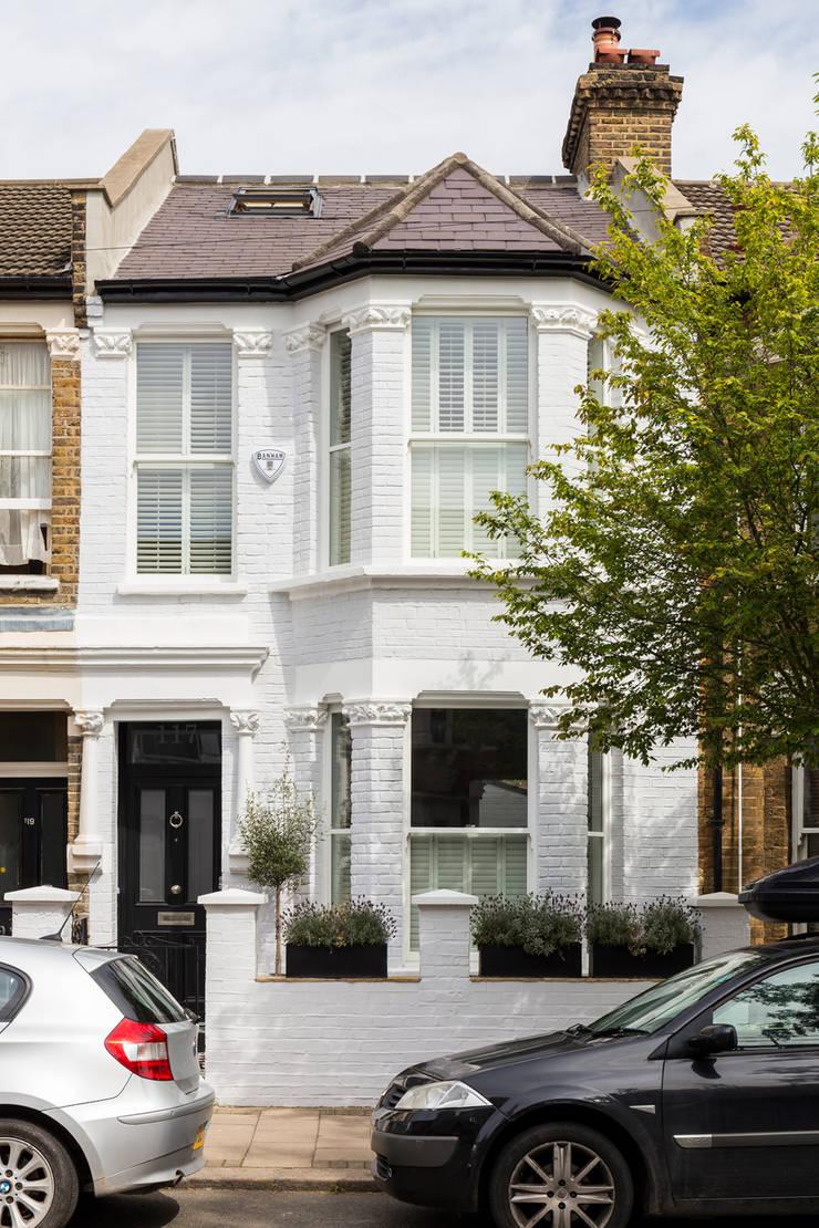 North West London Terraced House:  Terrace house by VORBILD Architecture Ltd.