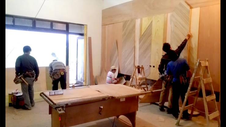 造型 收納 電視牆 面貼木皮 施工 照片:   by 艾莉森 空間設計