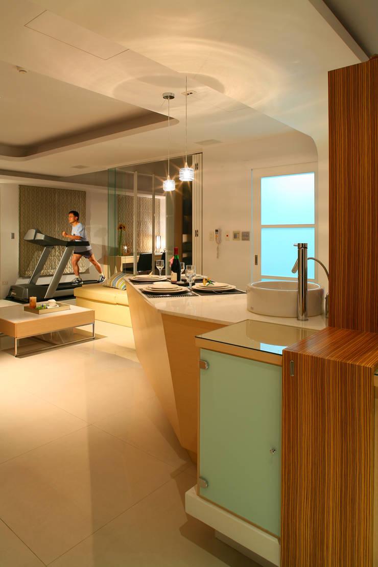 de style  par 台中室內設計-築采設計