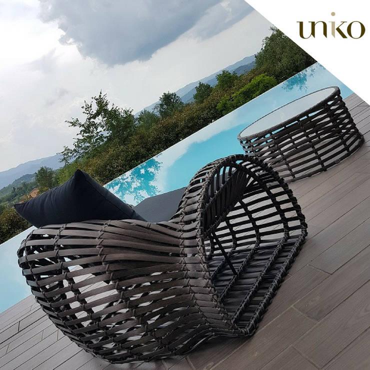 Poltrona da giardino di design Snail: Piscine in stile  di Uniko