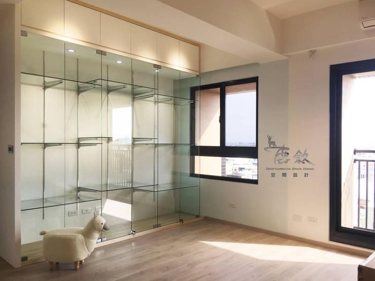 模型展示櫃:  書房/辦公室 by 鹿敘空間設計