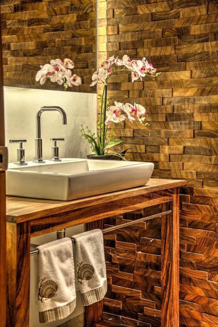 Salle de bains de style  par Stuen Arquitectos,