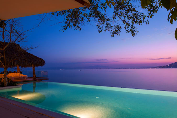 Infinity Pool by foto de arquitectura