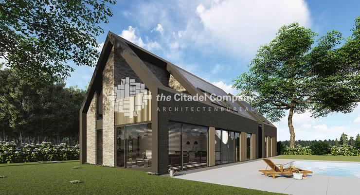 Modern in staal opgetrokken schuurwoning:  Huizen door Architectenbureau The Citadel Company, Modern